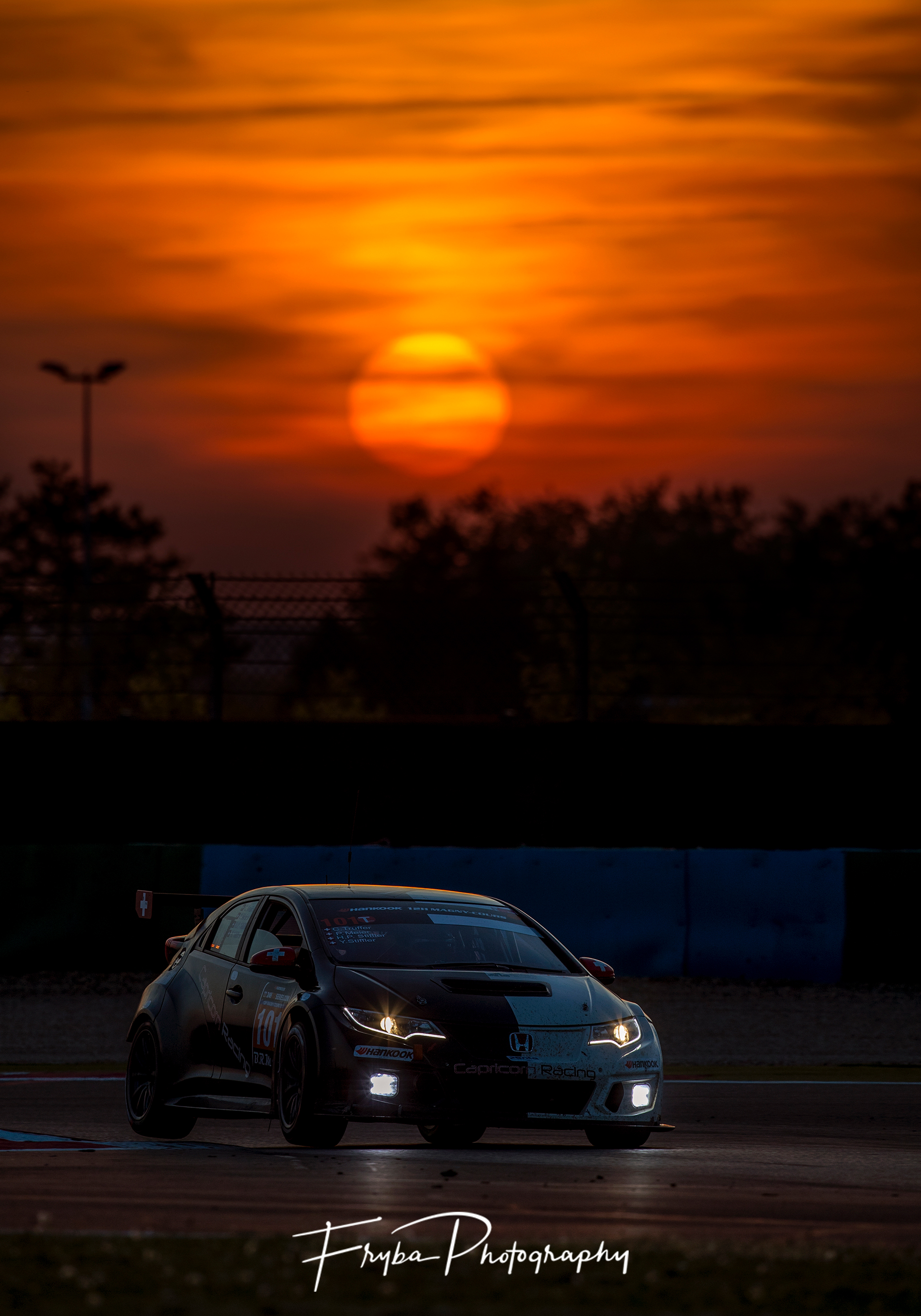 12h Magny Cours 2017 Honda sunset
